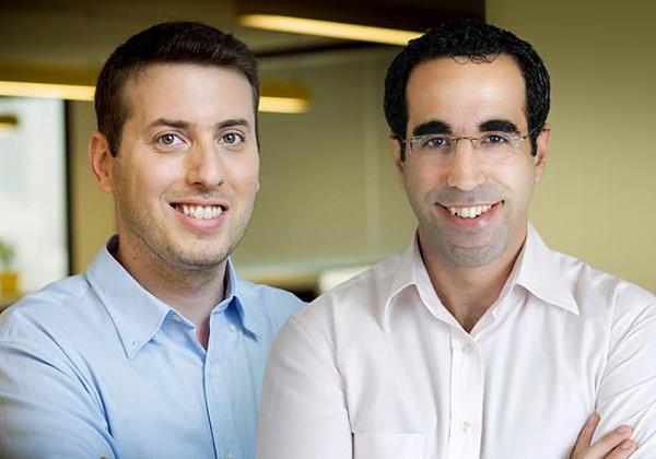"""מימין לשמאל: עדי שהרבני, מנכ""""ל Skycure, ויאיר עמית, CTO החברה. צילום: יח""""צ Skycure"""