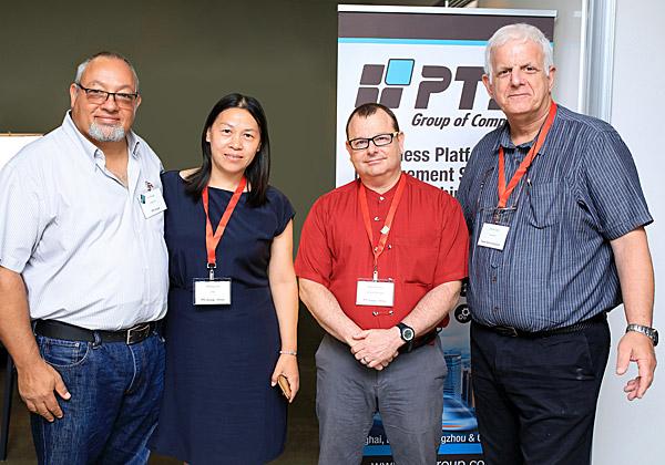 """מימין: יורם גלאט, גזבר Tower Semiconductors; אריה שרייר, מנכ""""ל PTL GROUP China; שירלי שיה, מנהלת המחלקה הפיננסית של החברה; וצבי שלגו, היו""""ר והמייסד שלה. צילום: שלומי מזרחי"""