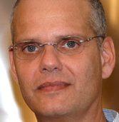 """איציק בורשן פרש מקל אוטו ומונה למנמ""""ר הספרייה הלאומית"""