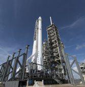 SpaceX של אילון מאסק עומדת לשגר 60 לווייני אינטרנט לחלל