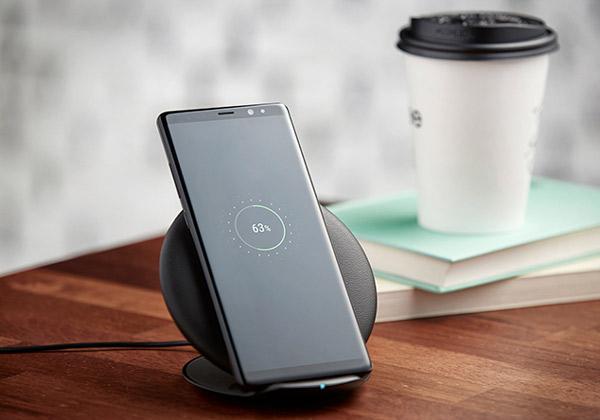 """מצב מיטה. Galaxy Note 8. צילום: יח""""צ"""