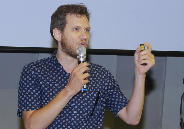 אסף באר, מומחה UX מנטקראפט מבית אלעד מערכות. צילום: ניב קנטור