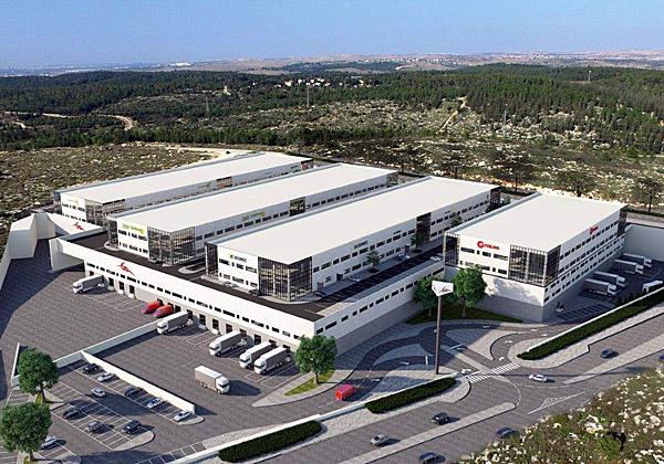"""מרכז הסחר המקוון של דואר ישראל במודיעין. צילום: יח""""צ"""