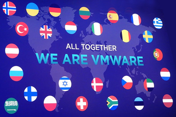VMworld - בהשתתפות מעל 11 אלף מפתחים ומנהלים, עם משלחת שיא מישראל של מעל 150 משתתפים ברשותם של שמוליק ענתבי, המנהל האזורי, ואלי שקד, מנהל סניף ישראל. צילום: פלי הנמר