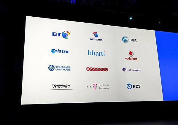 נבחרת לקוחות חדשים ומכובדים של VMware. ספקיות התקשורת הגלובליות והענקיות היו עד עתה מחוץ לתחום של החברה, שהתרכזה בפתרונות מתקדמים ללקוחות הארגוניים, ואחרי שמיצתה פלח שוק זה, היא מסתערת על ספקיות הטלקום בעולם. צילום: פלי הנמר