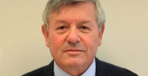 """יוסי שנק, ראש יחידת היזמות והפיתוח העסקי של חברת החשמל. צילום: יח""""צ"""