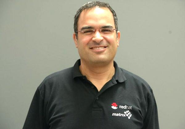ערן מנצור, יועץ Red Hat Middleware בחטיבת מוצרי התוכנה של מטריקס. צילום: הדר צדקה חזן