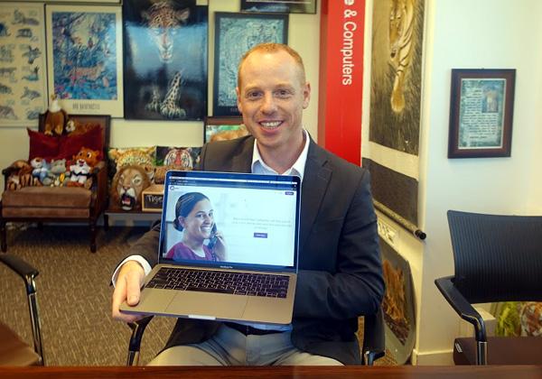 בא לבקר במאורת הנמר: דורי שבת, מנכ״ל וממייסדי CallMarker. צילום: פלי הנמר