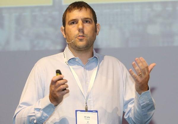 אור לוי, מנהל תוכנית מניה חכמה של חברת חשמל באריקסון ישראל. צילום: ניב קנטור