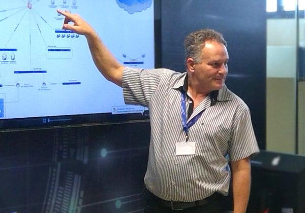 שאול אמיר, המנהל המדעי של סימולטור הסייבר מתוצרת סייברביט. צילום: אבי בליזובסקי