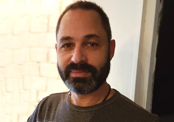"""יואב פרידור, מייסד ויו''ר באזילה, חוקר טכנולוגיות ומוביל דיעה בתחום ה-CX. צילום: יח""""צ"""