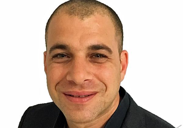 אחיעד ויינר, מנהל השותפים והפעילות העסקית של Ruckus Networks בישראל, יוון וקפריסין. צילום עצמי
