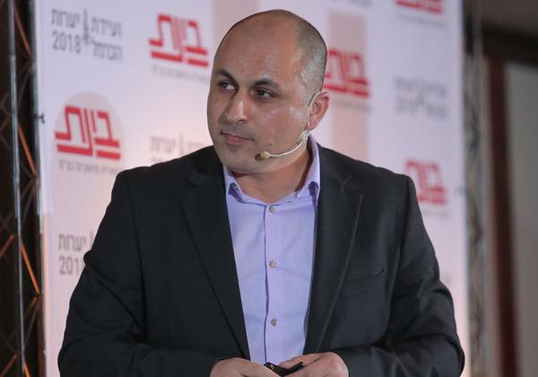 חן אזולאי, סמנכ''ל בכיר למכירות ופרויקטים, בינת תקשורת ומחשבים. צילום: יש אווירה