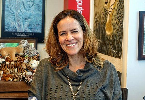 """באה לבקר במאורת הנמר: ד""""ר גאיה לורן, המנהלת הטכנולוגית הראשית של חממת האצ'יסון כנרות. צילום: פלי הנמר"""