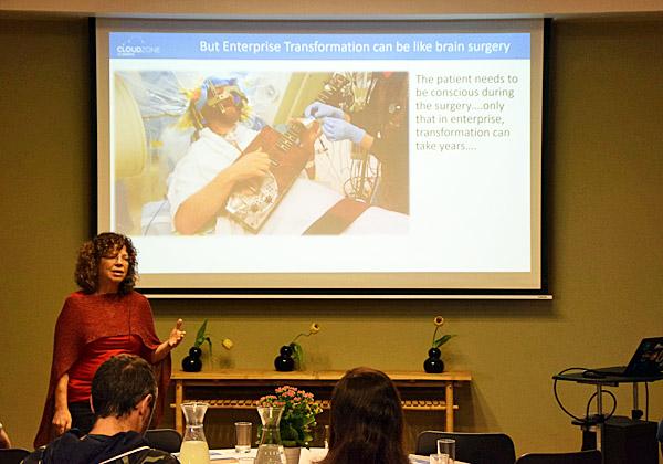 """רנית זקצר, מנהלת הטכנולוגיות הראשית של מטריקס. צילום: יח""""צ"""