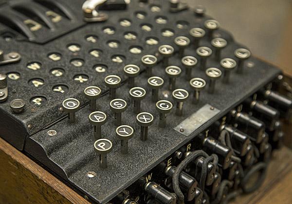 מכונת האניגמה של הנאצים, שפיצוחה סייע רבות לניצחון בעלות הברית במלחמת העולם השנייה. צילום: BigStock