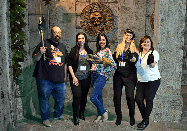 """אירוע מקדש. מימין: רחלי אסלמן מטלדור, דליה פזטל מ-CMS, ולירן גמרי וחני שאול מטלדור. צילום: יח""""צ"""