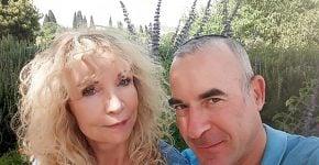 מימין: אריק מאיר ופנינה רייפמן. צילום משפחתי