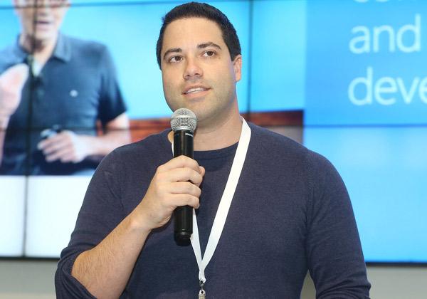 אדיר רון, מוביל תחום קוד פתוח, מיקרוסופט ישראל. צילום: ניב קנטור