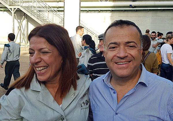 """מימין: דן טולדנו, מנכ""""ל רד-האט ישראל; ואל""""מ טליה גזית, המפקדת הפורשת של ממר""""ם; צילום: פלי הנמר"""