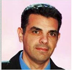 מושיק שיר, סגן נשיא לשיווק בעמותה לניהול פרויקטים בישראל  צילום משפחתי