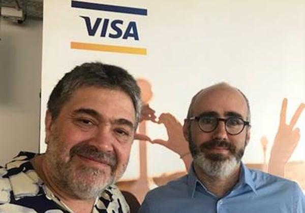 """ג'ון מדווד, מייסד ומנכ""""ל OurCrowd, עם שחר פרידמן, מנהל מרכז החדשנות של ויזה בישראל. צילום: יח""""צ"""