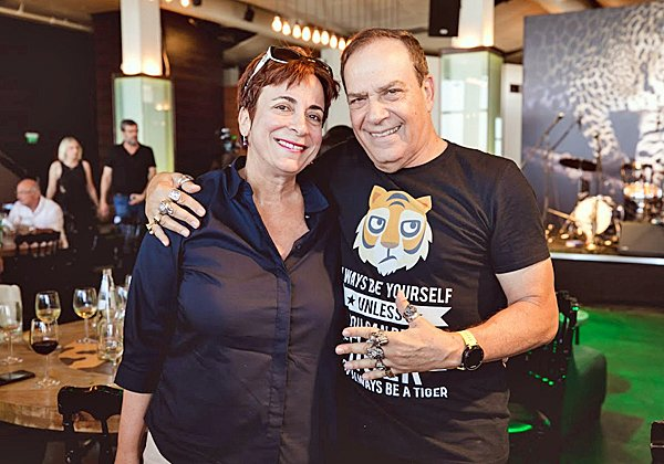 עם מזי גלאור מנהלת השיווק של יבמ ישראל