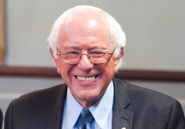 יכול לחייך על ניצחון גדול מול אמזון. הסנטור ברני סנדרס. צילום: מרכז מילר, מתוך ויקיפדיה