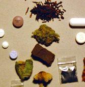 הנרי ניקולס, מייסד ברודקום, נעצר בחשד לסחר בסמים