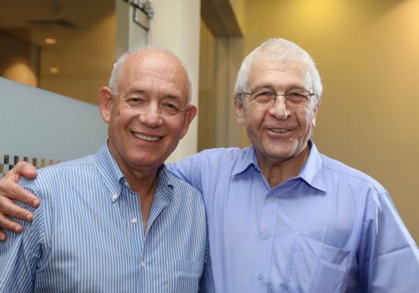 """זאב שטח, מנכ""""ל ומייסד קומסיין ודני דותן, מנהל אגף יישומי בנקאות בתקשורת, המזרחי טפחות"""