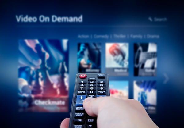 הטלוויזיה המסורתית ודאי מסתכלת בקנאה על הסטרימינג. צילום אילוסטרציה: BigStock