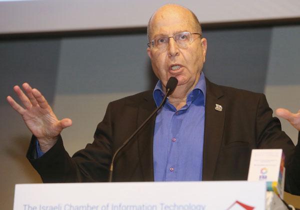משה (בוגי) יעלון, לשעבר שר הביטחון והרמטכ''ל. צילום: ניב קנטור
