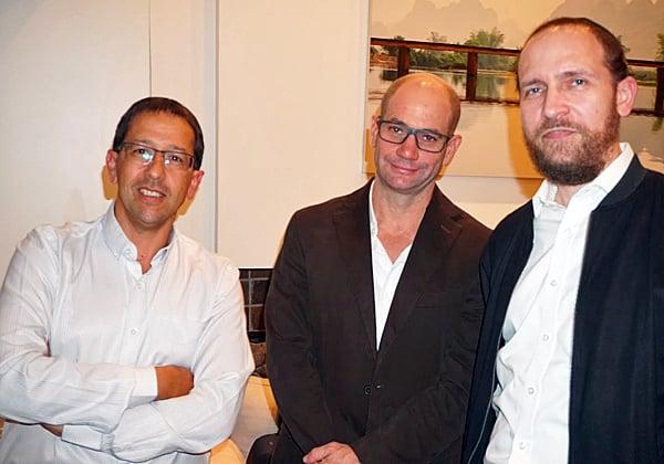 """משמאל: ניר כהן, משנה למנכ""""ל הראל חברה לביטוח; אייל אפרת, מנמ""""ר החברה; ומשה מורגנשטרן, סמנכ""""ל בכיר ומנמ""""ר מנורה. צילום: פלי הנמר"""