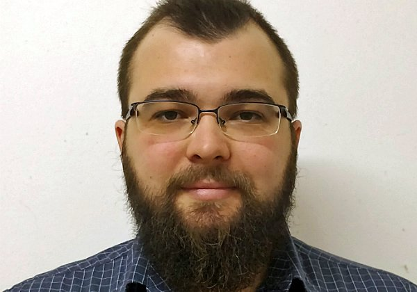 דניס קליטביאנסקי, מנהל מוצר API בקבוצת יעל. צילום: יח