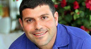 מטומי מוכרת את מובפוקס לטדי שגיא ב-7.5 מיליון דולר