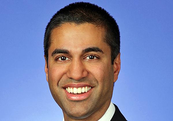 """אג'יט פאי, יו""""ר ה-FCC. צילום: מתוך ויקיפדיה"""