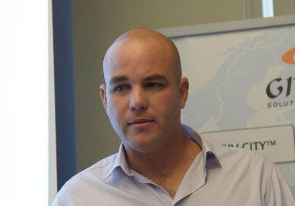 """ירון רפופורט, סמנכ""""ל טכנולוגיות ב-GIV. צילום: תומר פלוטין"""