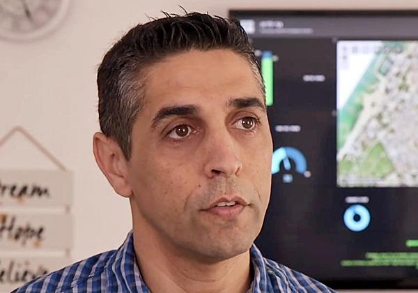 """בועז תנעמי, מנהל אגף המחשוב של עיריית אשקלון. צילום: יח""""צ"""