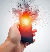 """ארה""""ב: iPhone שהיה בכיסו של משתמש עלה באש"""
