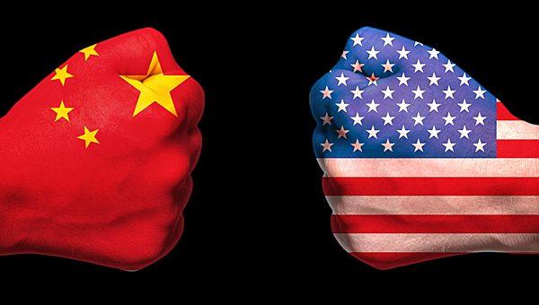 """בעקבות מעצר הבכירה בוואווי: סין זימנה את שגריר ארה""""ב לשיחת נזיפה"""