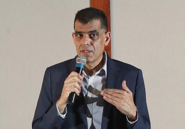 אלון בן צור, מנכ''ל בינת תקשורת מחשבים. צילום: יש אווירה