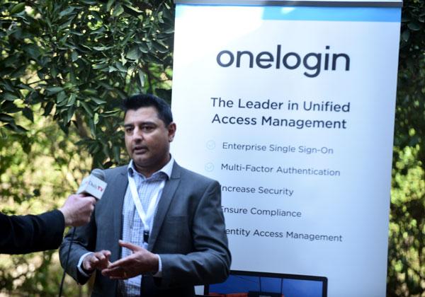 סאני ג'ושי, מנהל מכירות לאזור EMEA ב-OneLogin, מתראיין ל-DailyTV. צילום: אלוניס צילום