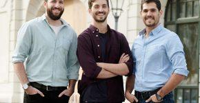 מימין לשמאל: צוות Easyway: יניב הולצר, סמנכ״ל תפעול, רועי פרידמן, מנכ״ל ואסף עופר, סמנכ״ל טכנולוגיה. צילום: מטרו