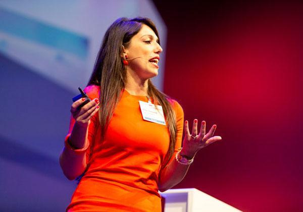"""אליסה קוסטנטה, מנהלת מחלקת המחקר בפורסקאוט. צילום: יח""""צ"""