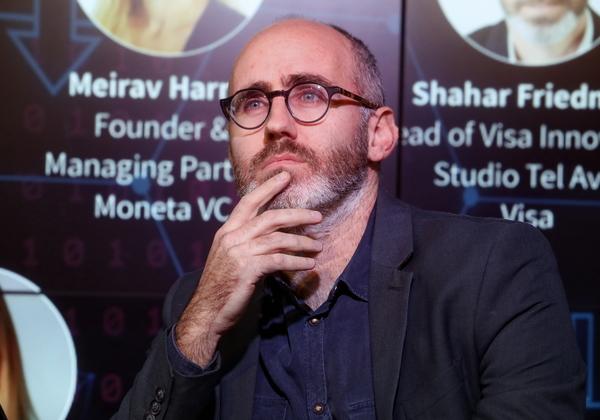 שחר פרידמן, מנהל מרכז החדשנות של ויזה בתל אביב. צילום: ניב קנטור