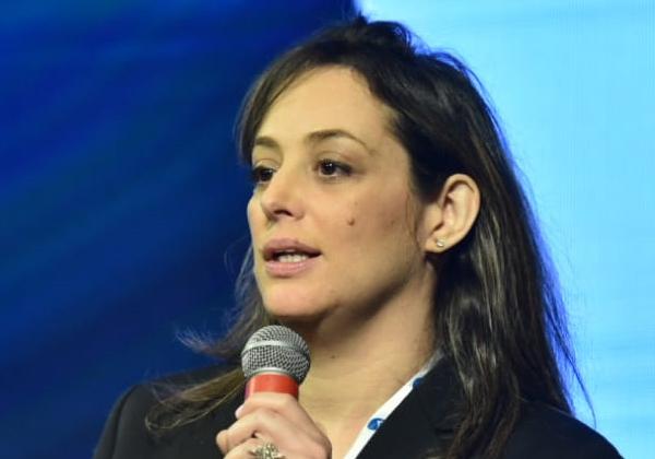 דפנה לנדאו-מנשה, מנהלת תחום שירותים מקצועיים ל-OpenText ב-NessPRO. צילום: נדב כהן יונתן