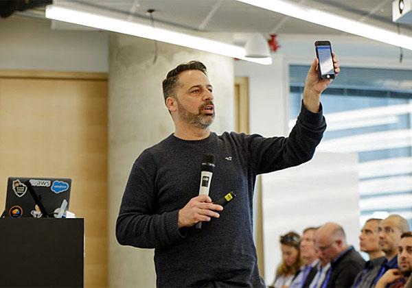 אמיר חונגה, סגן נשיא לאפליקציות עסקיות ב-AllCloud. צילום: עומר הכהן