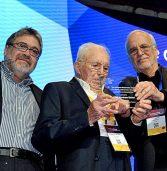 פרס מפעל חיים ליזם ישראלי בן 100