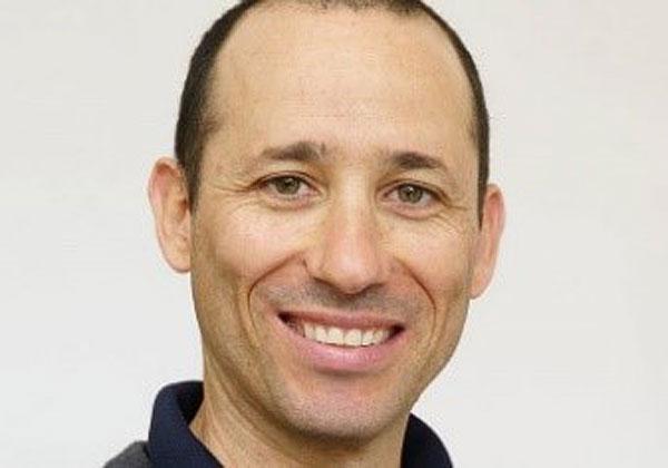 """ד""""ר רועי דוידסון, מנהל מערך הווטרינריה של אשכול גליל מזרחי. צילום: יח""""צ"""