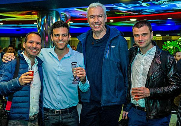 """מימין: מיקאל קומרוב, DIS; פבל בורקובסקי, IS; עילאי רנרט, סמנכ""""ל המכירות של KMS Lighthouse; ושגיא אליהו, סמנכ""""ל כספים ומנהל הפעילות הבינלאומית. צילום: ניר אלון"""